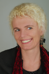 Portraitfoto von Doris Wilhelmer